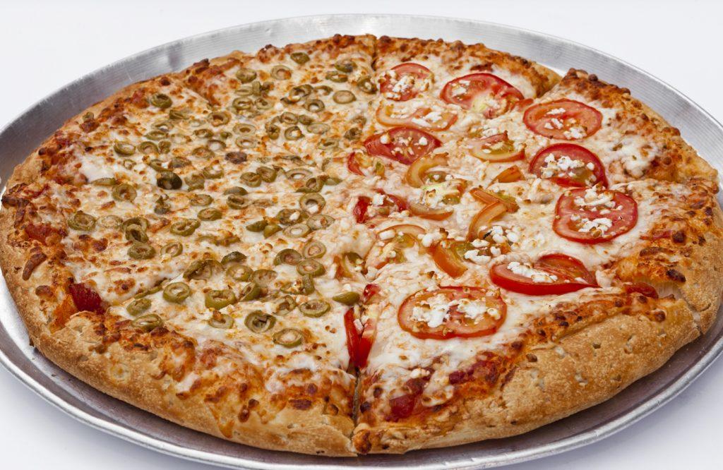 פיצה L משפחתית + תוספת